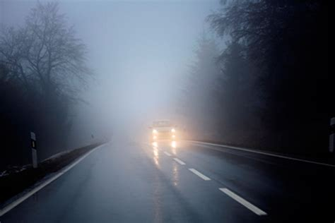 driving in fog top tips carbuyer