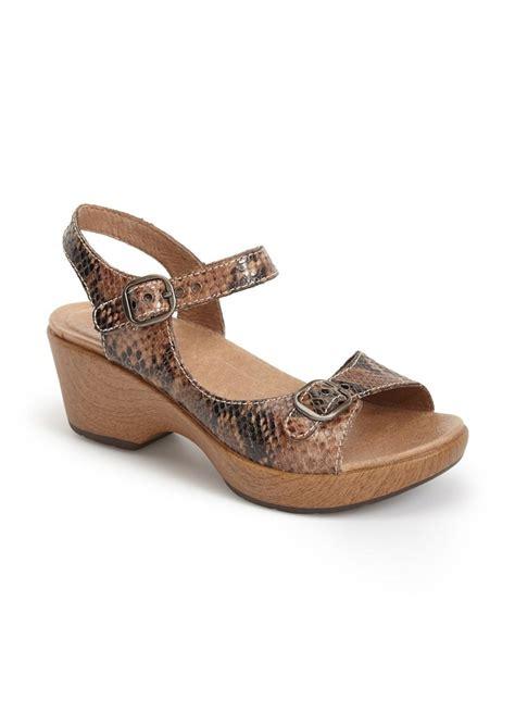 dansko womens sandals dansko dansko joanie sandal shoes shop it to me