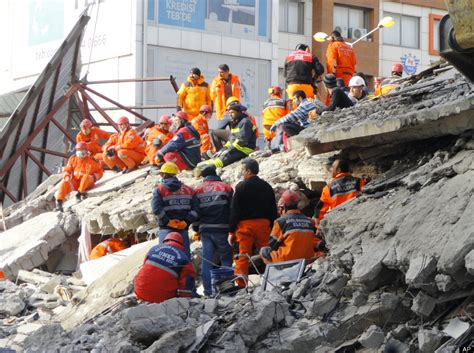earthquake year the strongest earthquakes and tsunamis in the past 50