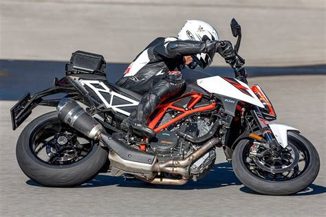 Motorrad Magazin No 11 by Conti Sport Attack 3 Is Chosen As The 2017 Best Hypersport