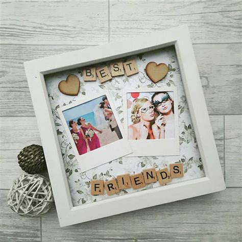 a cutie idea for a christmas picture fram 20 shadow box ideas and creative displaying meaningful memories