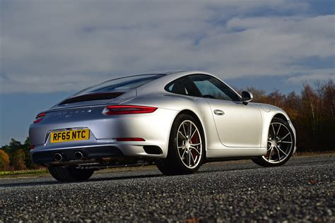 Porsche Carrera Pictures by Porsche 911 Carrera S Review Pictures Auto Express
