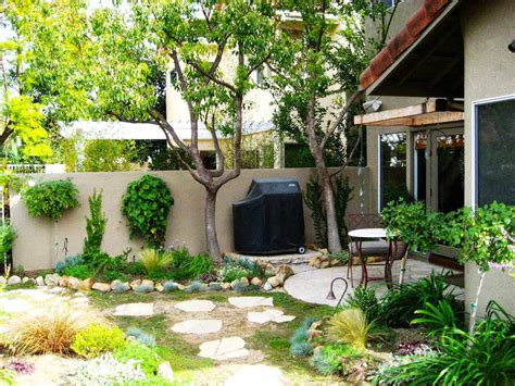 backyard makeover ideas on a budget