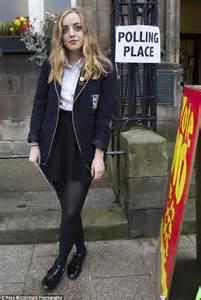 18 year old school girl teen in uniform giselle leon 18 year old high school girls hot girls wallpaper