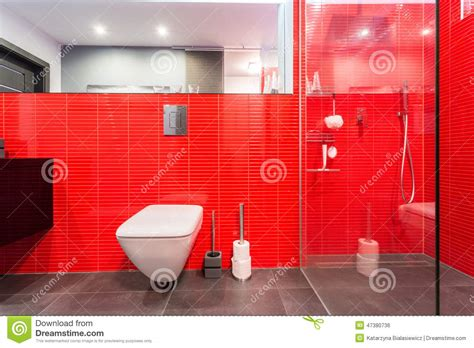 rote fliesen bad rote fliesen auf der wand stockfoto bild sauber