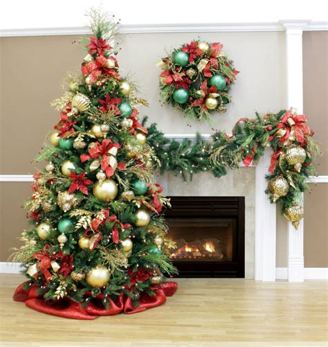 discover your color scheme for christmas decoration