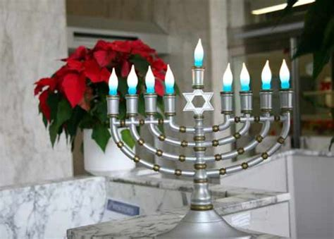 how to light chanukah candles can i light electric candles for hanukkah