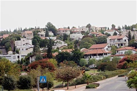 Elkana Per report settler growth rate three times that of national average