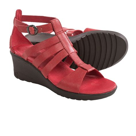 where can i buy keen sandals keen gladiator sandals for 9815m save 69