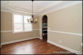 Trey Or Tray Formal Dining Room With Tray Ceiling The Entrances Are