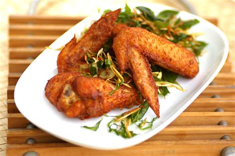 Golden Spicy Wing chicken wings in spicy sauce kuali