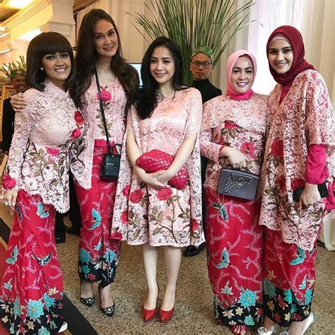 Baju Lebaran Ala Nagita kaftan nagita slavina ini akan jadi trend baju lebaran 2017