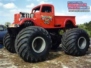 outlaw 35 187 international monster truck museum amp hall fame