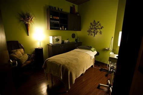 green room spa 25 best ideas about spa rooms on spa room decor treatment rooms and spa room ideas