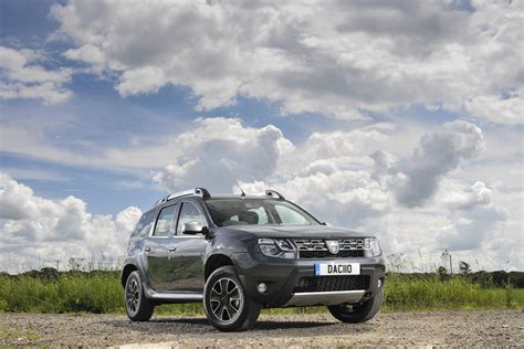 renault duster 2017 2017 dacia duster to debut at 2016 goodwood festival of
