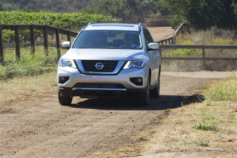 towing capacity for nissan pathfinder towing capacity of a nissan pathfinder html autos post