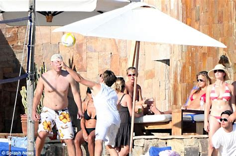 Kid Rock Rekindles by It Really Is A Happy New Year For Leonardo Dicaprio And