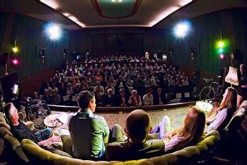 hennefer sofa kur theater hennef e v sportliches sofa im kur theater