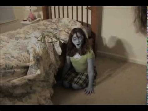 demon in my bedroom possessed girl beheads herself in her bedroom youtube