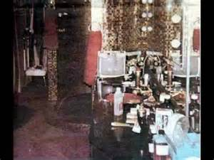 girls room that have a office up stairs upstairs at graceland youtube