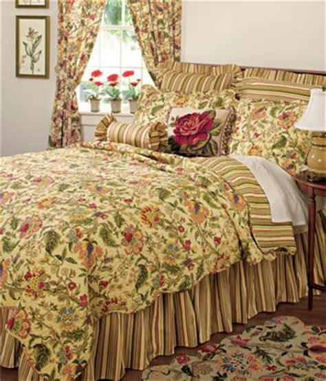 country quilts and curtains 10 best bedding images on pinterest country curtains
