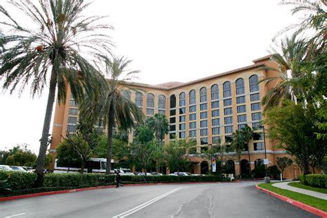 Garden Grove Anaheim Ca Photos Of Kid Friendly Hotel Wyndham Anaheim Garden