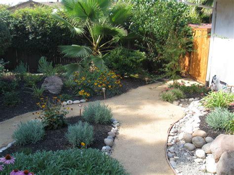 Front Yard Landscape Pictures Low Maintenance Low Maintenance Front Yard Landscaping Photos Pdf