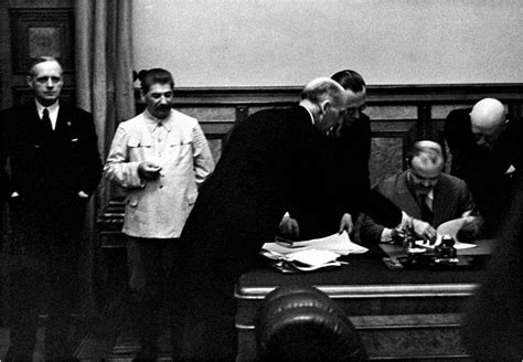 Soviet Non Aggression Pact Essay by Bankstowntafehsc Soviet Foreign Policy