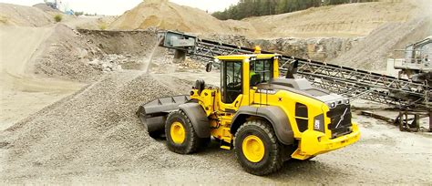 loading shovels demenex plant  equipment hire