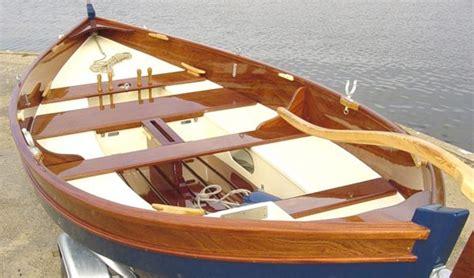 zelf roeiboot bouwen houten botenbouw
