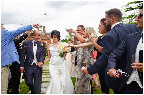 And Tony Plan Summer Wedding by Chippenham Park Summer Wedding Tony Gabrielle