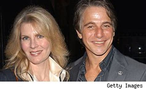 Danza And Wilde File For Divorce by Tony Danza Files For Divorce From Of 24 Years