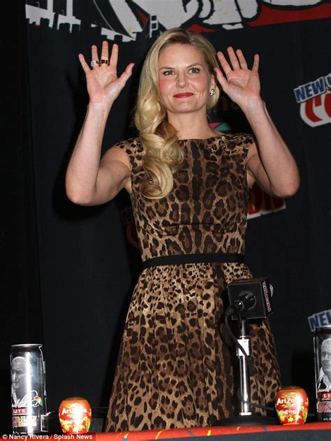 jennifer morrison tattoo morrison shows incredibly toned arms in