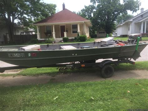jon boat for sale jon boat live well boats for sale