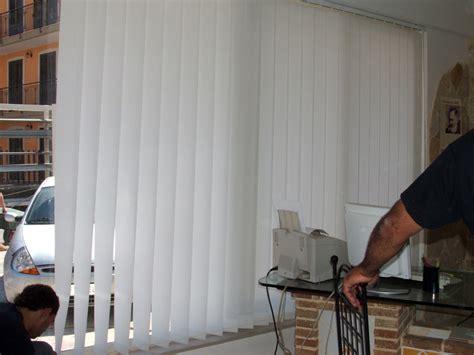 tenda a bande verticali foto tenda per interni a bande verticali di creazioni