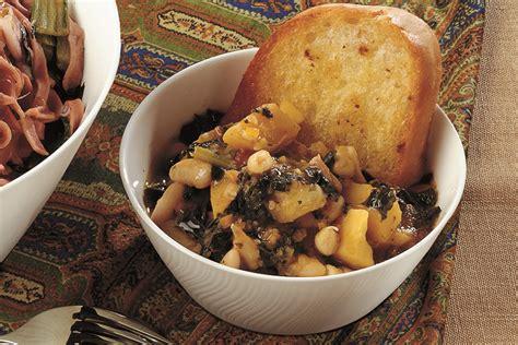 cucina cavolo nero ricetta zuppa di cavolo nero con crostoni di pane la