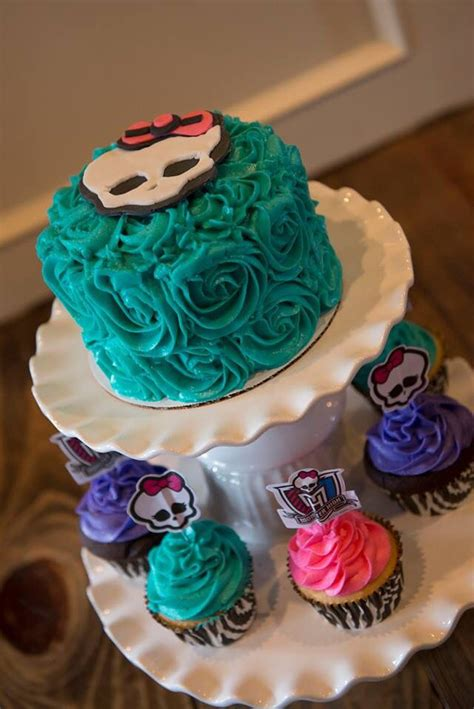 High Cake Decorations by Best 25 High Cake Topper Ideas On