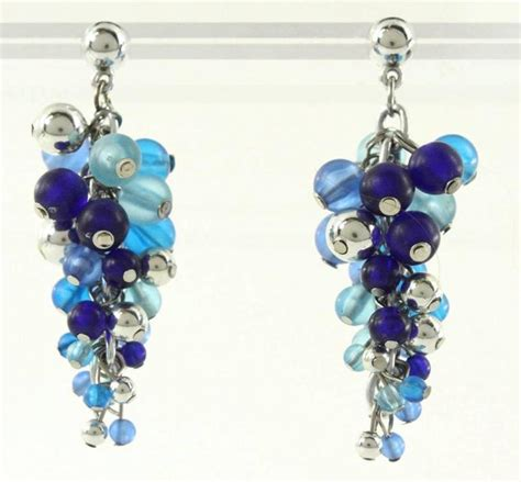 vintage costume jewelry blue tonal beaded dangle cluster