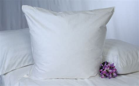 koni square pillow as featured in marriott hotels