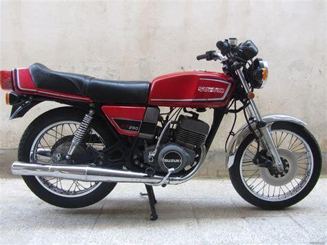 bikepics 1984 suzuki x7 250