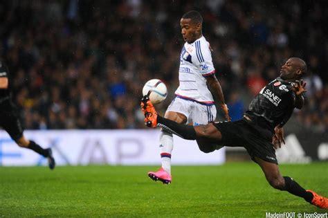 Calendrier 9eme Journee Ligue 1 Photos Ol Claudio Beauvue 03 10 2015 Lyon Reims