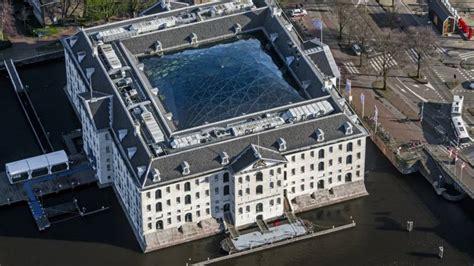 scheepvaartmuseum moord cel voor doodschieten bezoeker feest scheepvaartmuseum nos