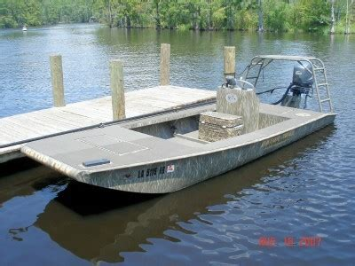 pictures of gator trax boats pin gator trax duck hunting boats on pinterest