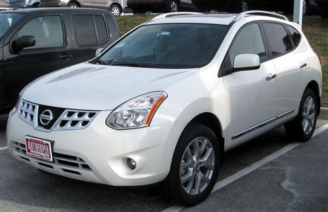 how it works cars 2011 nissan rogue navigation system file 2011 nissan rogue sv 12 31 2010 jpg wikimedia commons