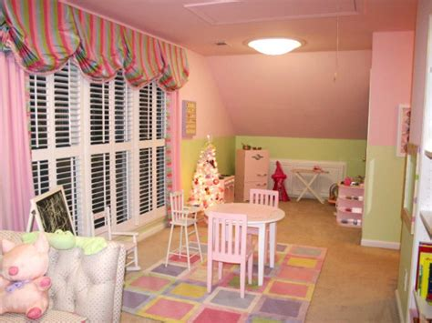 Teenage Bedroom Ideas For Small Rooms by Kids Playroom Ideas Hgtv