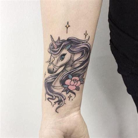 pinterest tattoo unicorn 70 tatuagens de unic 243 rnio as fotos mais lindas