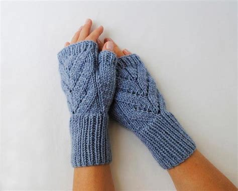 how to knit gloves with fingers for beginners quot leaves quot fingerless gloves craftsy
