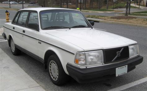volvo sedan file volvo 240 sedan 2 jpg wikipedia