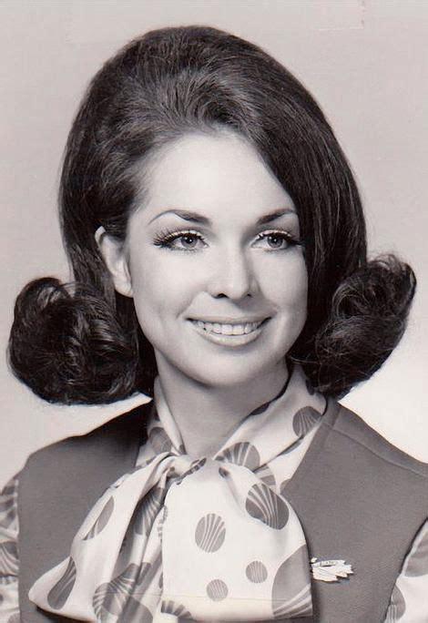 hairdo in 1969 316 best vintage hair images on pinterest hairstyles