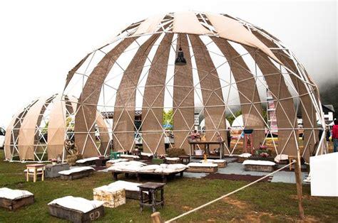 casa cupola geodetica 1000 idee su cupola geodetica su buckminster